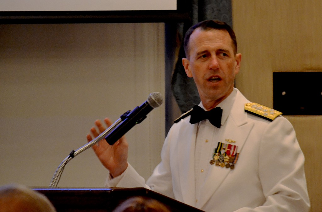 Admiral John Richardson, USN addresses crowd at Midway Dinner (NHF Photo)