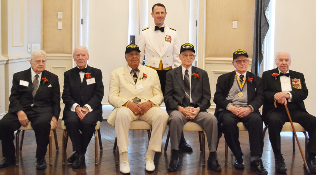 Admiral John Richardson, USN poses with Midway veterans, L to R:  Joe Miller, Hank Kudzik, Bill Fentress, Bill Norberg, Jack Crawford (USS Yorktown), and Earl Anderson (USS Yorktown). (NHF Photo)