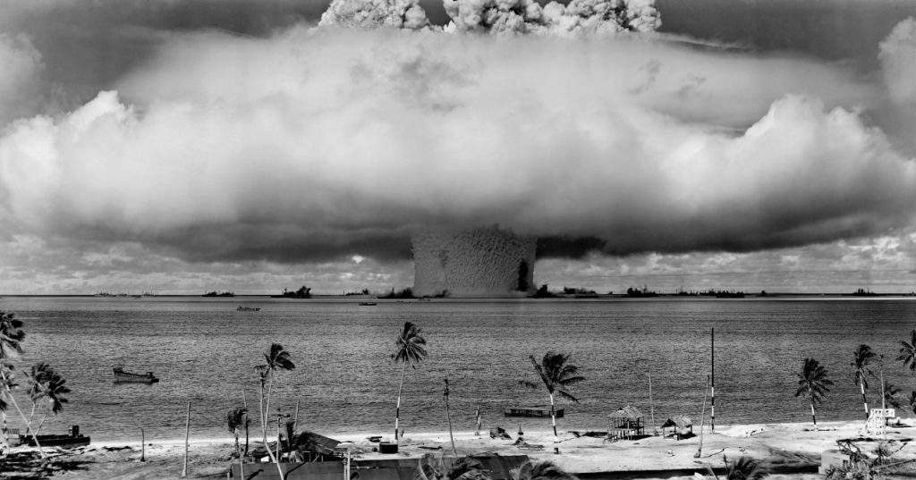 "The ""Baker"" blast, ""Operation Crossroads."" (Photo: US Navy)"